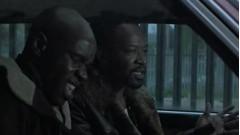 Кто будет грабить двух чёрных, которые сидят с пистолетами в машине